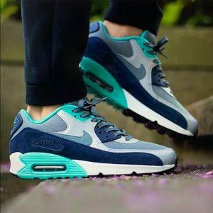 "Nike Air Max 90 ""Blue Graohite"" sneakers"